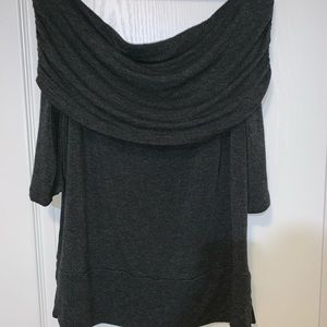 Cute half sleeve off shoulder top by Lou & Grey